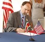 Ambassadeur VS: Suriname moet waken voor blamage