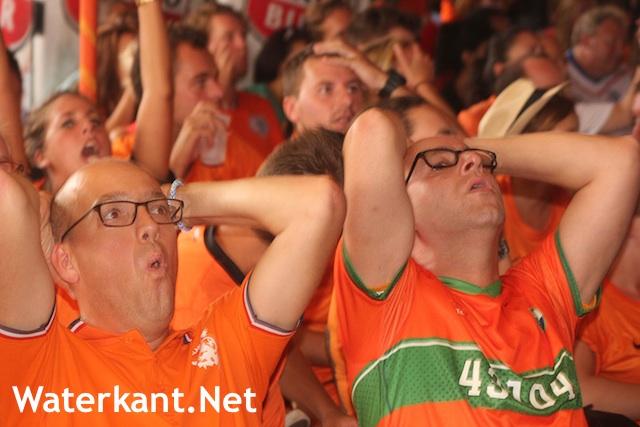 Oranje-penalty tegen-1