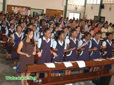 Louise school Suriname 1