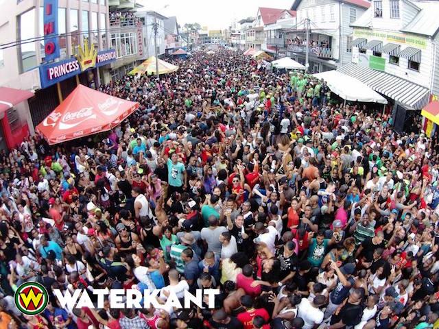 Oudjaarsviering Suriname ook in NL op Bakkana Owru Yari Party
