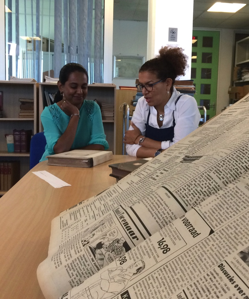 30jan_Lucia_Rijker_zoekt-in-Surinaamse-archieven_NTR