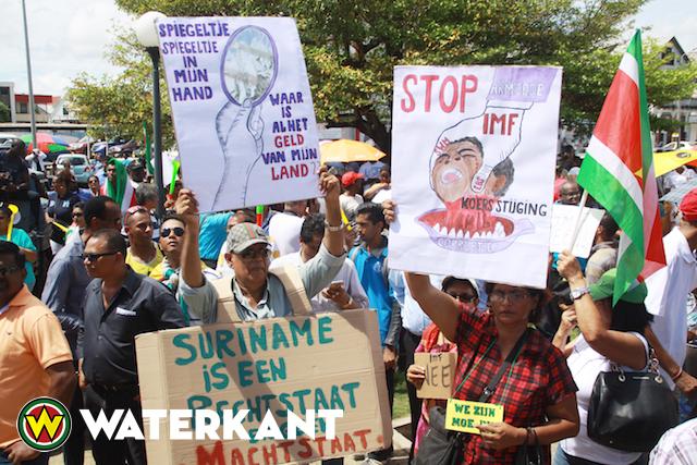 protest-suriname2