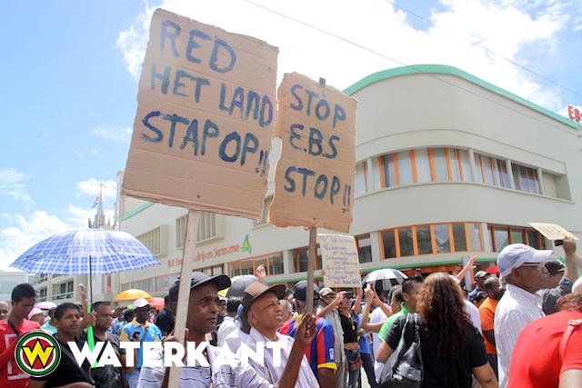 protest-suriname4