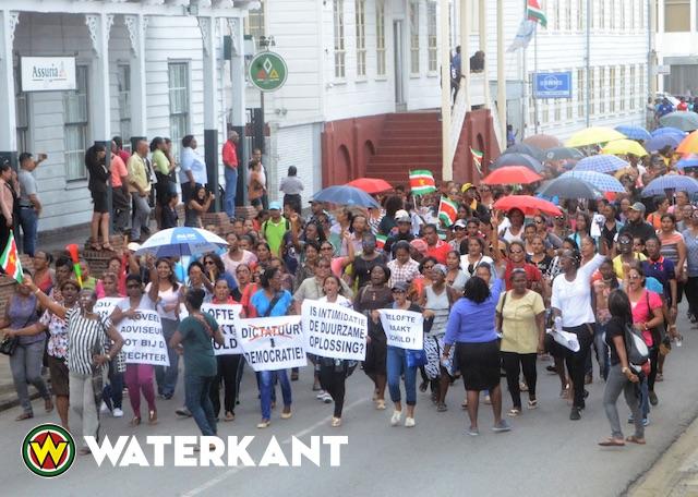 Einde onderwijsstaking in Suriname