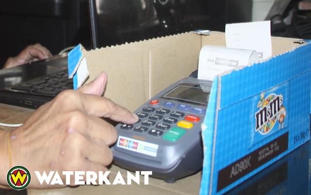 Nederlandsche Bank waarschuwt over pinautomaten Suriname