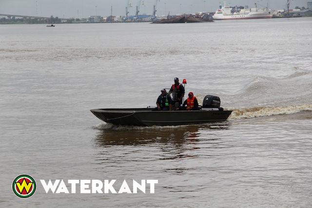 Ambassade VS schenkt boten aan Suriname