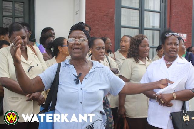 Demonstratie ouders en personeel overheidscrèches