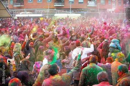 Holi Phagwa viering