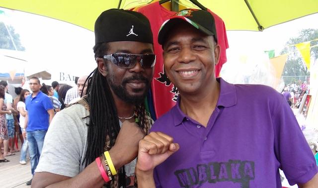 Kawinaster Glenn Sno na zeventien jaar weer in Suriname