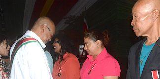 Onderscheidingen op Wereld Bloeddonordag in Suriname