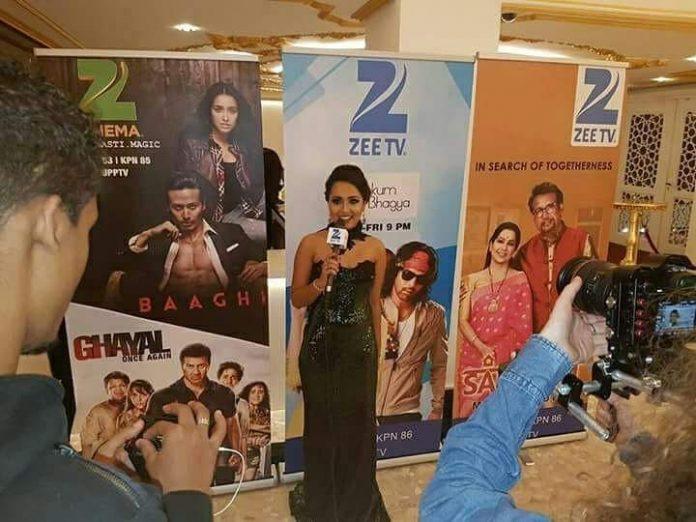 Nisha Madaran live op Zee TV in Londen