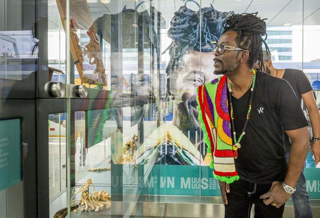 Kenny B opent eigen museum op station Arnhem
