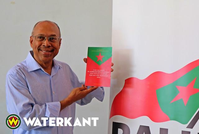 Presentatie boek vanwege 40 jarig bestaan PALU in Suriname