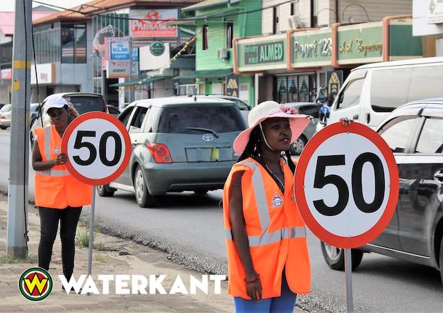 Stil protest benadrukt maximale snelheid weggebruikers