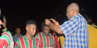 'Buren helpen Buren Sterrentoernooi' in Suriname