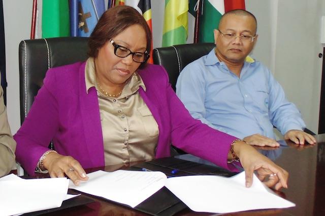 Ex-minister wil ondernemersklimaat Suriname verbeteren