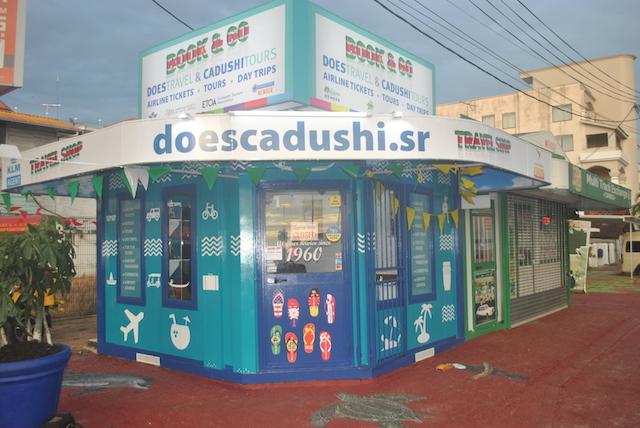 Does Travel&Cadushi Tours opent Travel Shop