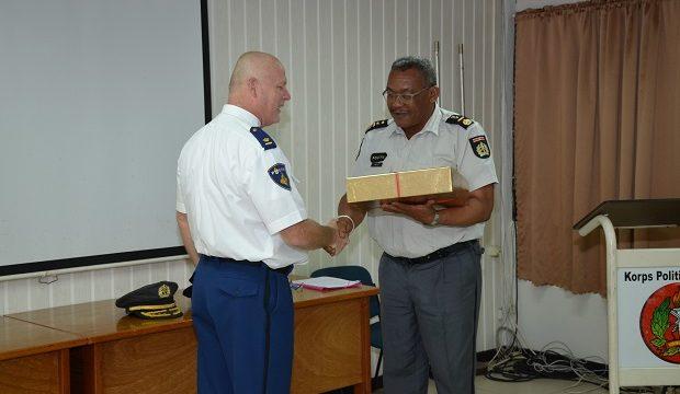 Afscheid politie attaché van Nederland in Suriname