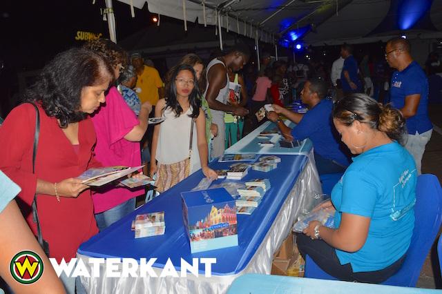 Curaçao Infomarkt in Suriname