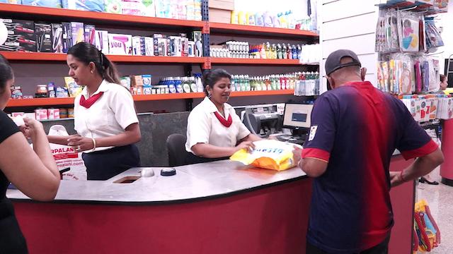 Kirpalani opent eerste fase Kirpalani SuperStore(KSS)