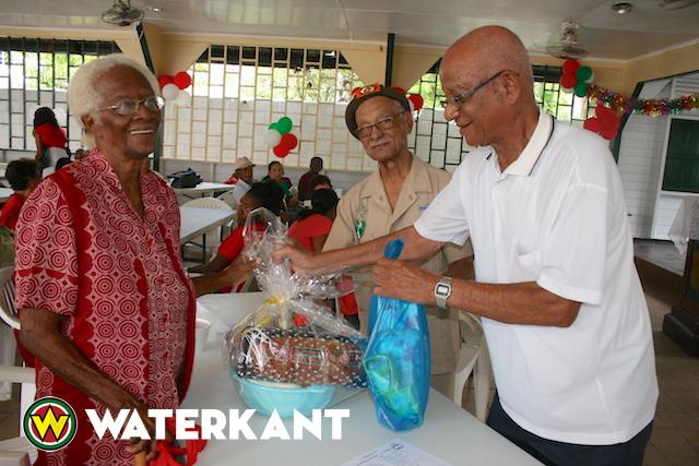 Kerstviering Federatie Oud-Strijders en Ex-Militairen in Suriname