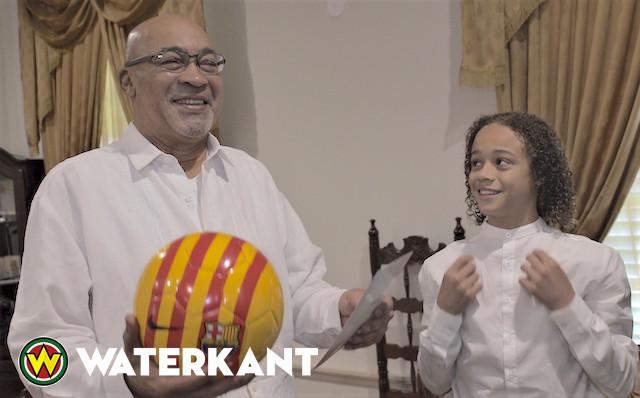 Voetbaltalent van Jong Barcelona bezoekt Suriname