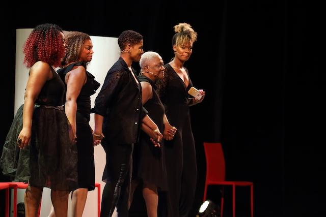Jetty Mathurin neemt ook in Suriname afscheid van solotheater