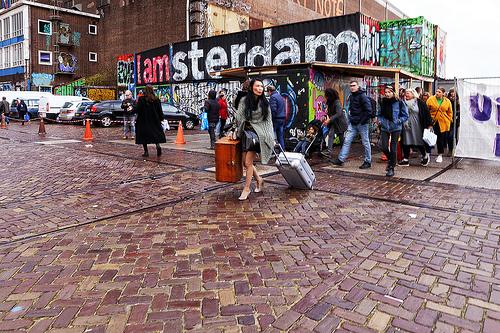 Donkere Amsterdammers vaker mikpunt discriminatie