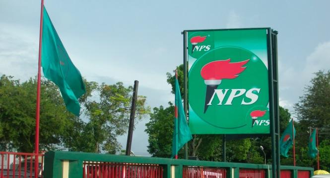 Onbekenden verbranden vlag Nationale Partij Suriname