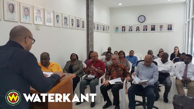 Minister installeert nieuw Arbeidsadviescollege Suriname