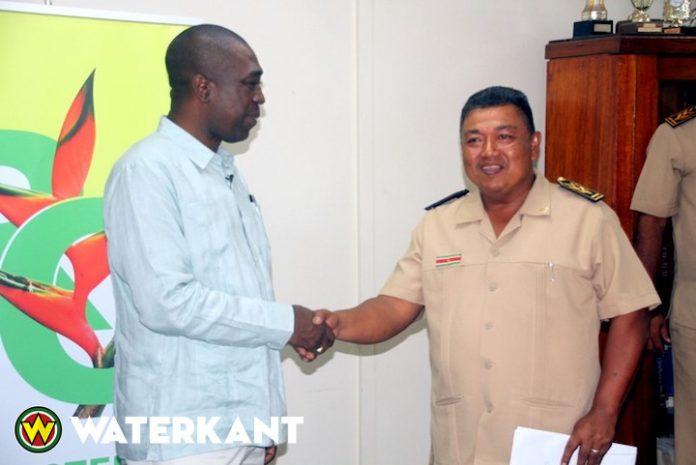 Districtsplannen bij minister Regionale Ontwikkeling in Suriname