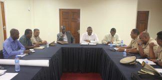 Ministers willen crisisaanpak van wateroverlast in Suriname