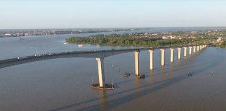 Parlementariër: brug over Surinamerivier beveiligen tegen suïcide