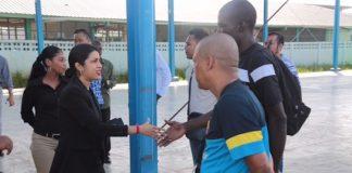 Minister Sport en Jeugdzaken brengt oriëntatiebezoeken binnen departement