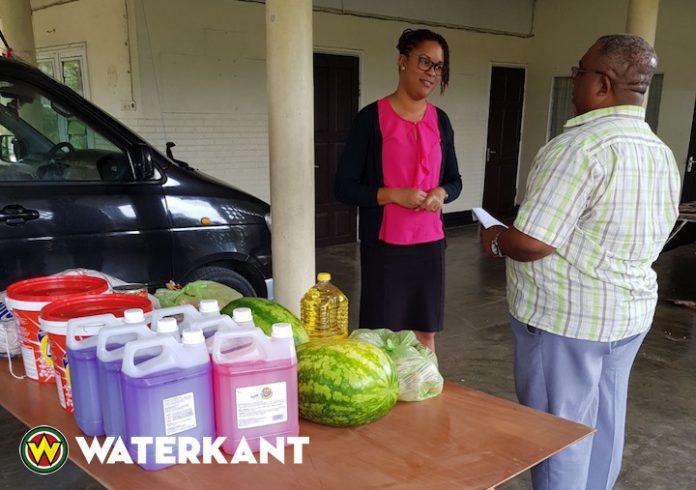 Donatie Havenbeheer aan kindertehuis stichting Koningskind
