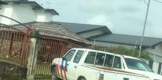 Parlementariër blijft erbij: auto's in privé afgegeven aan loyalisten