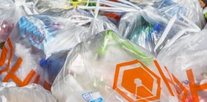 SuReSur wil verbod op plastic zakken in Suriname