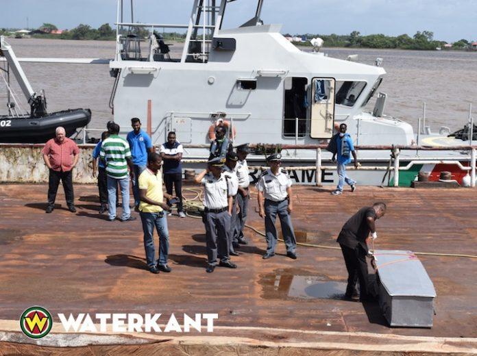 Weer lichamen van vissers geborgen in Suriname