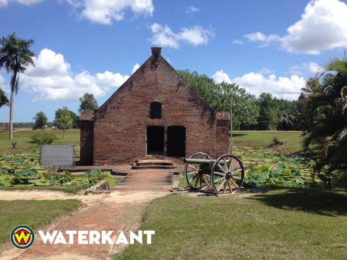 Openluchtmuseum in Suriname financieel aan de grond