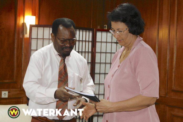 Nieuw beleidsplan Stiwewa voor Assemblee voorzitter Suriname