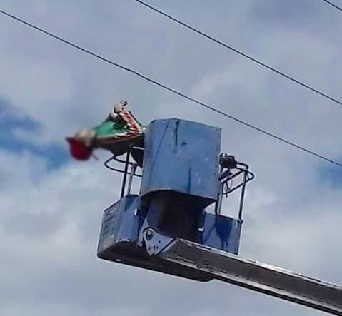 Arbeider in Suriname geëlektrocuteerd na contact met hoogspanningskabel