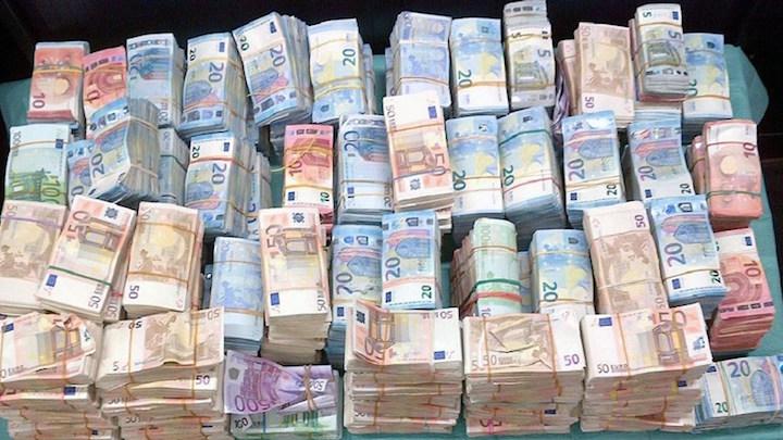 handelaren verdienen geld aan lage euro koers in suriname - waterkant