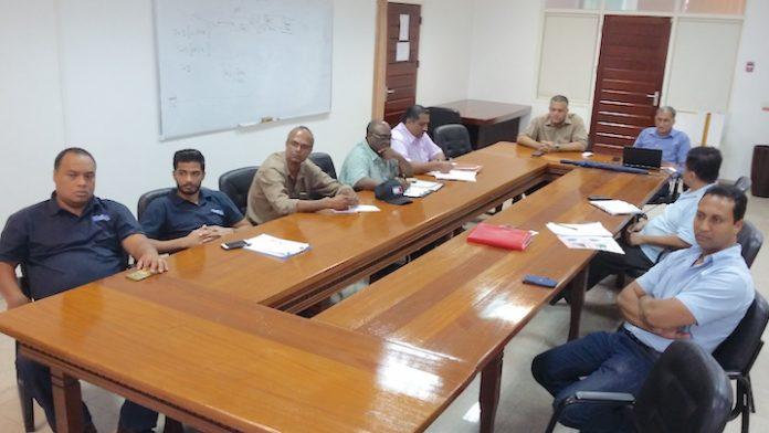 Werkbespreking Vereniging van Installateurs in Suriname met ministerie