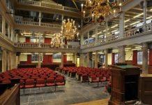 Symposium over 'Slavernij Erfgoed' in Oude Lutherse Kerk A'dam