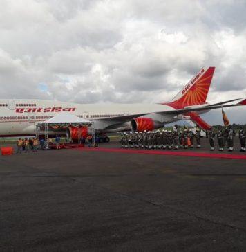 President Ram Nath Kovind van India aangekomen in Suriname