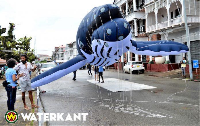 Herdenking van Wereld Oceanen Dag in Suriname