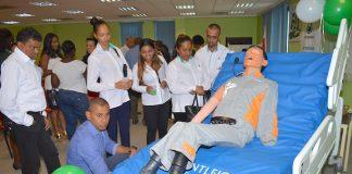 Donatie van Petronas Suriname voor Academisch Ziekenhuis Paramaribo