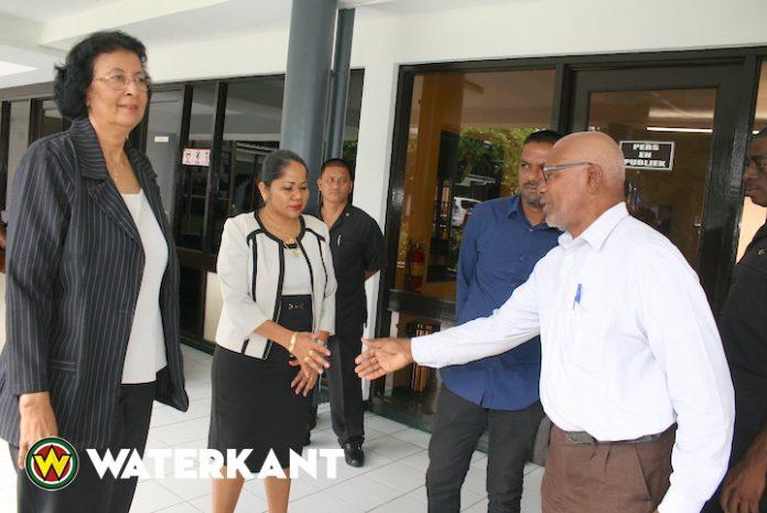 Regering stort SRD 2 miljoen op rekening Sint Vintcentius Ziekenhuis Suriname