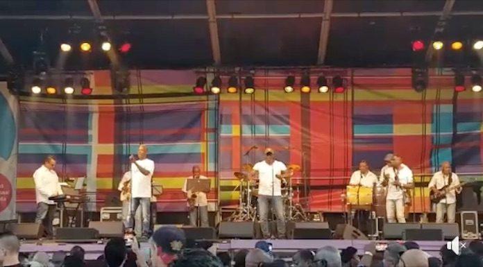 Surinaamse artiesten brengen swingend eerbetoon aan Ewald Krolis