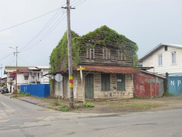 Stadsherstels Surinaamse maanden voor behoud van erfgoed Suriname